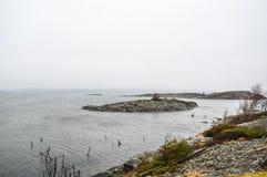 Ευμετάβλητο θυελλώδες ομιχλώδες seascape Στοκ Εικόνες