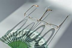 ευρο- γυαλιά λογαριασ& Στοκ φωτογραφία με δικαίωμα ελεύθερης χρήσης