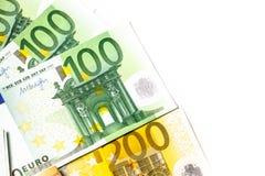 ευρο- ευρώ πέντε εστίαση εκατό τραπεζών σχοινί σημειώσεων χρημάτων ευρο- υπόβαθρο μετρητών Ευρο- τραπεζογραμμάτια χρημάτων Στοκ φωτογραφίες με δικαίωμα ελεύθερης χρήσης