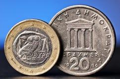 Ευρο- και παλαιό ελληνικό νόμισμα Στοκ φωτογραφία με δικαίωμα ελεύθερης χρήσης