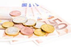 Ευρο- νομίσματα και τραπεζογραμμάτια χρημάτων στοκ εικόνα με δικαίωμα ελεύθερης χρήσης