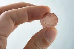 Ευρο- σεντ, το ευρο- νόμισμα στις άκρες δάχτυλων, Στοκ εικόνα με δικαίωμα ελεύθερης χρήσης