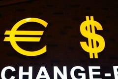 Ευρο- σύμβολο σημαδιών δολαρίων Στοκ Εικόνα