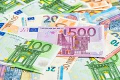 Ευρο- τραπεζογραμμάτια κινηματογραφήσεων σε πρώτο πλάνο Υπόβαθρο νομίσματος χρημάτων Στοκ Εικόνες