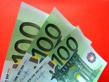 Ευρο- τραπεζογραμμάτια στις διαφορετικές γωνίες