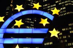 ευρο- Φρανκφούρτη σύμβολ&o Στοκ φωτογραφίες με δικαίωμα ελεύθερης χρήσης