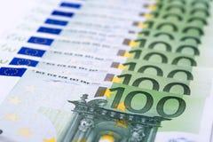 ευρο- χρήματα πεδίων βάθους ανασκόπησης απότομα Στοκ Φωτογραφία
