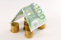 ευρο- χρήματα σπιτιών Στοκ εικόνες με δικαίωμα ελεύθερης χρήσης