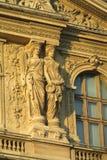 Ευρωπαϊκά αγάλματα αρχιτεκτονικής να ενσωματώσει το Παρίσι στοκ εικόνες με δικαίωμα ελεύθερης χρήσης