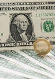 Ευρωπαϊκά και αμερικανικά αμερικανικά χρήματα στοκ εικόνα με δικαίωμα ελεύθερης χρήσης