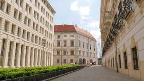 Ευρωπαϊκά κτήρια σε Minoritenplatz, ιστορικός λάπις λάζουλι λάπις λάζουλι μνημείων απόθεμα βίντεο