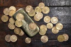 Ευρωπαϊκά χρυσά νομίσματα κυκλοφορίας στοκ εικόνα