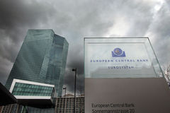 Ευρωπαϊκή Κεντρική Τράπεζα ΕΚΤ στη Φρανκφούρτη Στοκ Εικόνες
