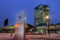 Ευρωπαϊκή Κεντρική Τράπεζα ΕΚΤ στο σούρουπο Στοκ Εικόνες