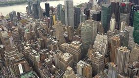 Ευρύς πυροβολισμός κτηρίων οριζόντων του Μανχάταν πόλεων της Νέας Υόρκης πραγματικός - χρονικός ορίζοντας, ΥΠΕΡΒΟΛΙΚΟ HD 4K, απόθεμα βίντεο