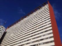 Ευρύ κατοικημένο κτήριο Στοκ Εικόνα