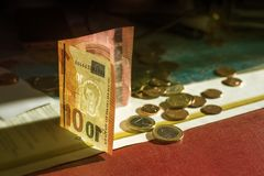 10 ευρώ και νομίσματα Στοκ φωτογραφία με δικαίωμα ελεύθερης χρήσης