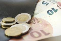 Ευρώ και πορτοφόλι Στοκ εικόνες με δικαίωμα ελεύθερης χρήσης