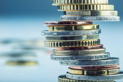 ευρώ νομισμάτων ευρο- ευρώ πέντε εστίαση εκατό τραπεζών σχοινί σημειώσεων χρημάτων εννοιολογικό ευρώ πενήντα πέντε δέκα νομίσματο Στοκ φωτογραφίες με δικαίωμα ελεύθερης χρήσης