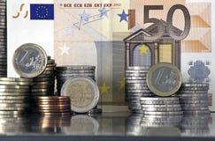 ευρώ νομισμάτων τραπεζογ& Στοκ εικόνα με δικαίωμα ελεύθερης χρήσης