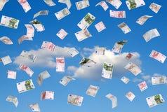 Ευρώ που πέφτουν από τον ουρανό Στοκ Φωτογραφίες