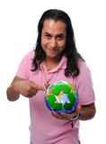 Ευτυχές άτομο με την ανακύκλωση της σφαίρας Στοκ Φωτογραφία