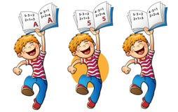 Ευτυχές αγόρι που πηδά με την υψηλότερη εκτίμηση Ελεύθερη απεικόνιση δικαιώματος