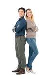 Ευτυχές ζεύγος πλάτη με πλάτη Στοκ Φωτογραφίες