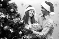 Ευτυχές ζεύγος, cristmas Στοκ Εικόνες