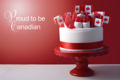 Ευτυχές κέικ εορτασμού ημέρας του Καναδά Στοκ φωτογραφία με δικαίωμα ελεύθερης χρήσης