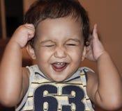 ευτυχές μικρό παιδί στοκ εικόνες