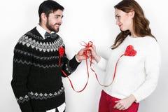Ευτυχές μοντέρνο ζεύγος ερωτευμένο Στοκ εικόνα με δικαίωμα ελεύθερης χρήσης