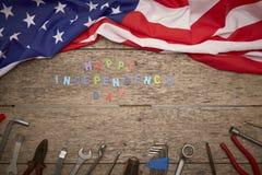 ευτυχές ξύλινο υπόβαθρο ημέρας της ανεξαρτησίας Στοκ εικόνα με δικαίωμα ελεύθερης χρήσης