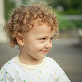 ευτυχές πορτρέτο παιδιών Στοκ Εικόνα