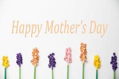 Ευτυχές σχέδιο λουλουδιών εγγράφου ημέρας Mother's Στοκ Εικόνες
