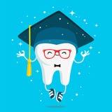 Ευτυχές υγιές δόντι φρόνησης στην ΚΑΠ του πτυχιούχου απεικόνιση αποθεμάτων