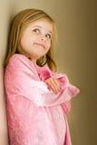 Ευτυχές υπερήφανο μικρό κορίτσι στοκ εικόνες