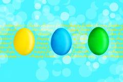 Ευτυχές υπόβαθρο Πάσχας με τα πολύχρωμα αυγά Πάσχας στο σχοινί διάστημα αντιγράφων τοποθετήστε το κείμενο χαιρετισμός καλή χρονιά απεικόνιση αποθεμάτων