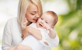 ευτυχές χαμόγελο μητέρων Στοκ Φωτογραφία