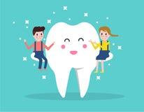 Ευτυχές δόντι με τα παιδιά απεικόνιση αποθεμάτων