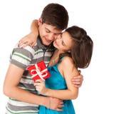 ευτυχής αγάπη ζευγών ανασκόπησης πέρα από το λευκό χαμόγελου Πέρα από την άσπρη ανασκόπηση Στοκ Εικόνες