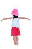 Ευτυχής ασιατική τοποθέτηση παιδιών στο στούντιο, που απομονώνεται στο άσπρο υπόβαθρο Στοκ εικόνες με δικαίωμα ελεύθερης χρήσης