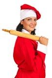 Ευτυχής γυναίκα αρχιμαγείρων με την κυλώντας καρφίτσα Στοκ εικόνα με δικαίωμα ελεύθερης χρήσης
