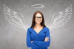 Ευτυχής επιχειρηματίας με τα φτερά και Nimbus αγγέλου στοκ εικόνα με δικαίωμα ελεύθερης χρήσης