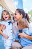 Ευτυχής επιχειρησιακή μητέρα Στοκ Φωτογραφίες