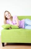 ευτυχής εφηβικός κοριτ&si στοκ φωτογραφίες