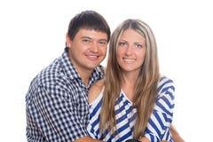 ευτυχής ζευγών ανασκόπησης που απομονώνεται παντρεμένος πέρα από το λευκό πορτρέτου Στοκ εικόνα με δικαίωμα ελεύθερης χρήσης