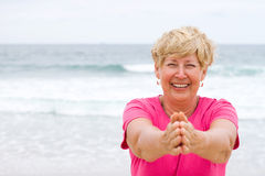 Ευτυχής ηλικιωμένη γυναίκα Στοκ εικόνες με δικαίωμα ελεύθερης χρήσης