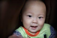 Ευτυχής κινηματογράφηση σε πρώτο πλάνο προσώπου μωρών Στοκ φωτογραφία με δικαίωμα ελεύθερης χρήσης