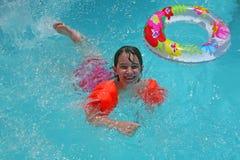 ευτυχής κολυμβητής στοκ φωτογραφία με δικαίωμα ελεύθερης χρήσης